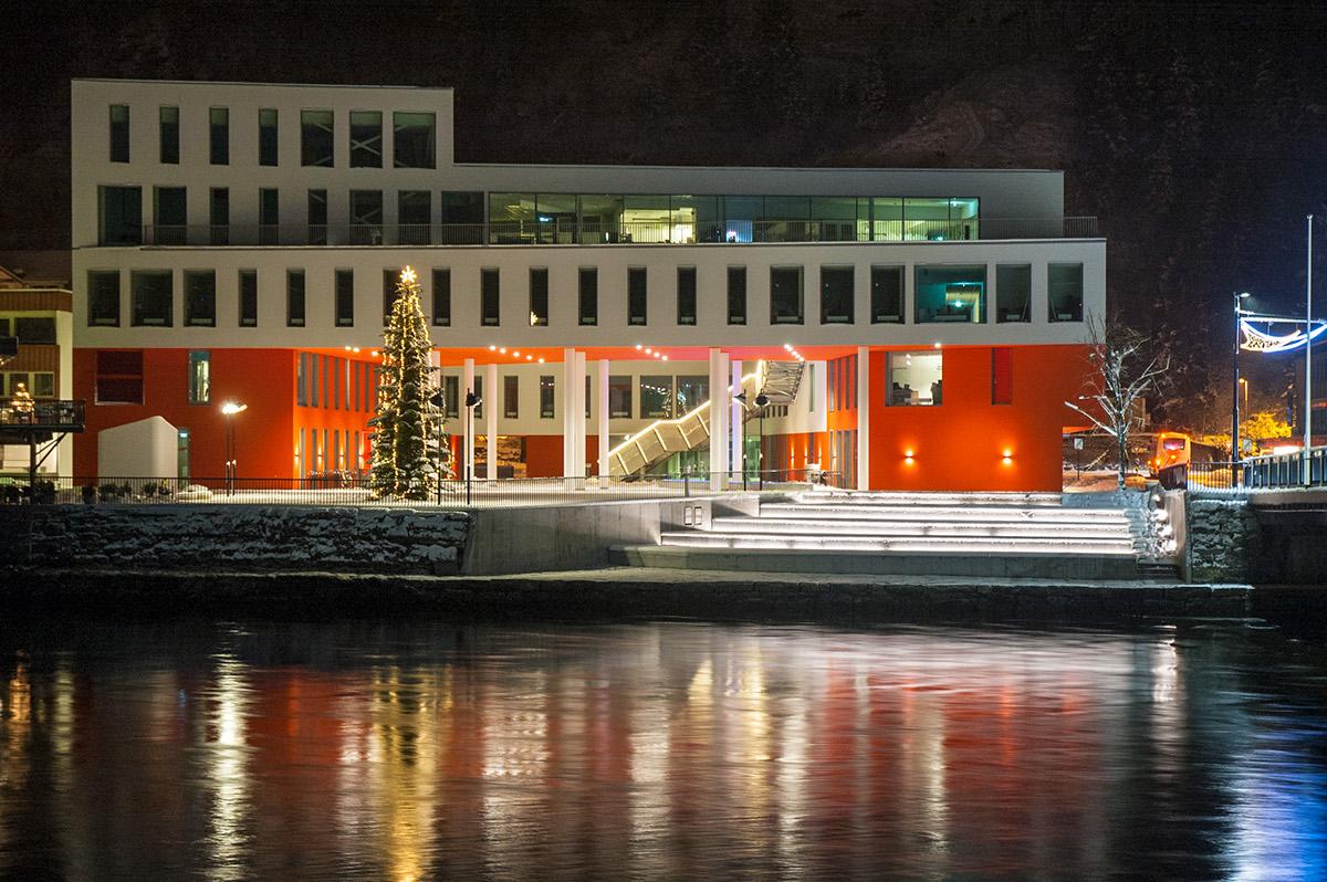 Exterior Førde Radhus Noruega