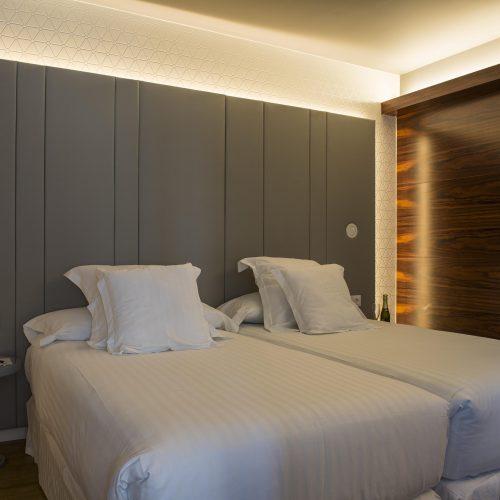 Camas Hotel Occidental Atenea Mar